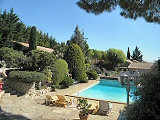 Independent cottages with pool near Nîmes, Uzès and Avignon in the Provence Gard